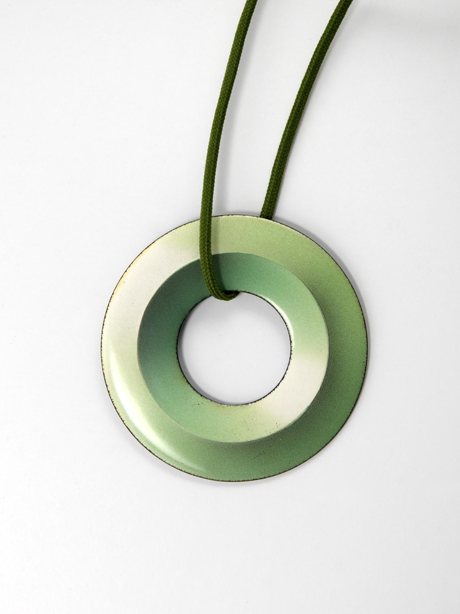 Anhänger_grün