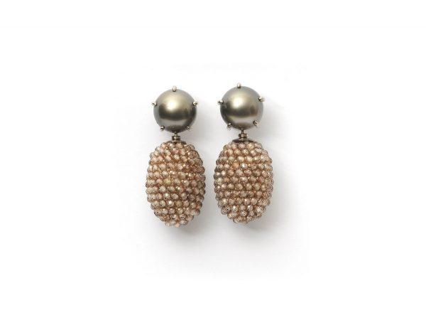 Ohrschmuck, 750 Weißgold, Tahiti-Perlen - Einhänger, facettierter, braungrauer Zirkon