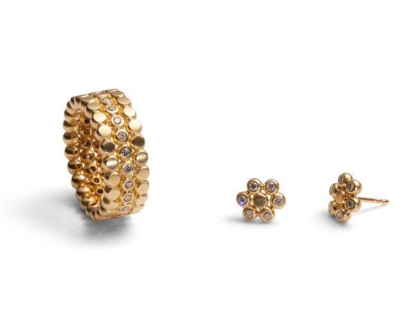 """""""LIBRI"""" Ring und Ohrstecker in 750 Gold mit Brillanten"""